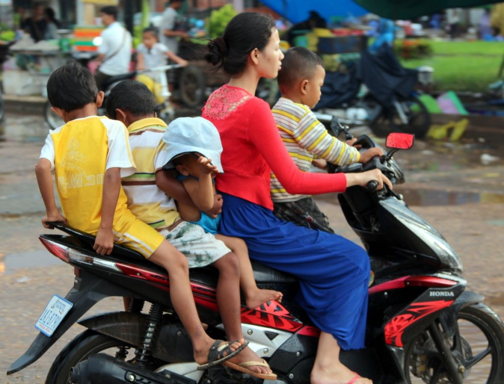 Cambodias Favourite form of Transport – The Motorbike